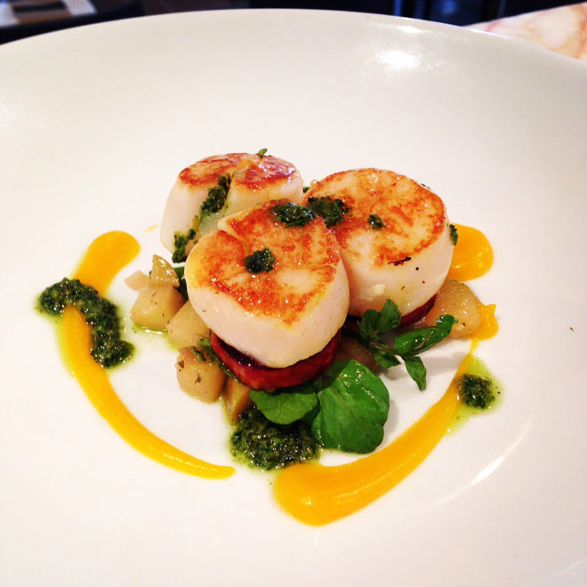 grilled-scallops-with-roast-pear-caponata