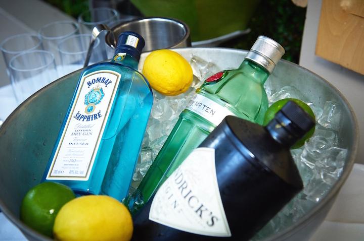 Gin station