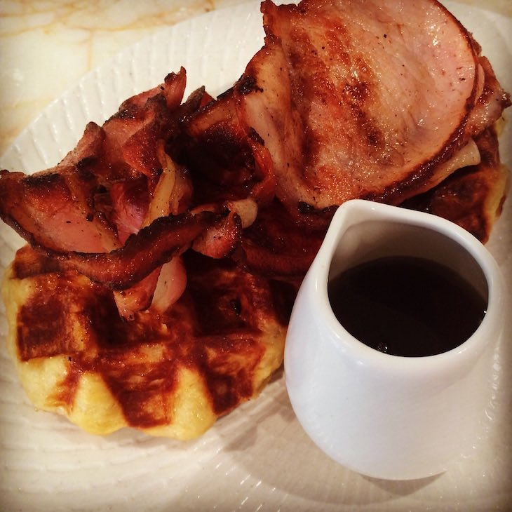 belgian-waffle-w-bacon-maple-syrup-CN